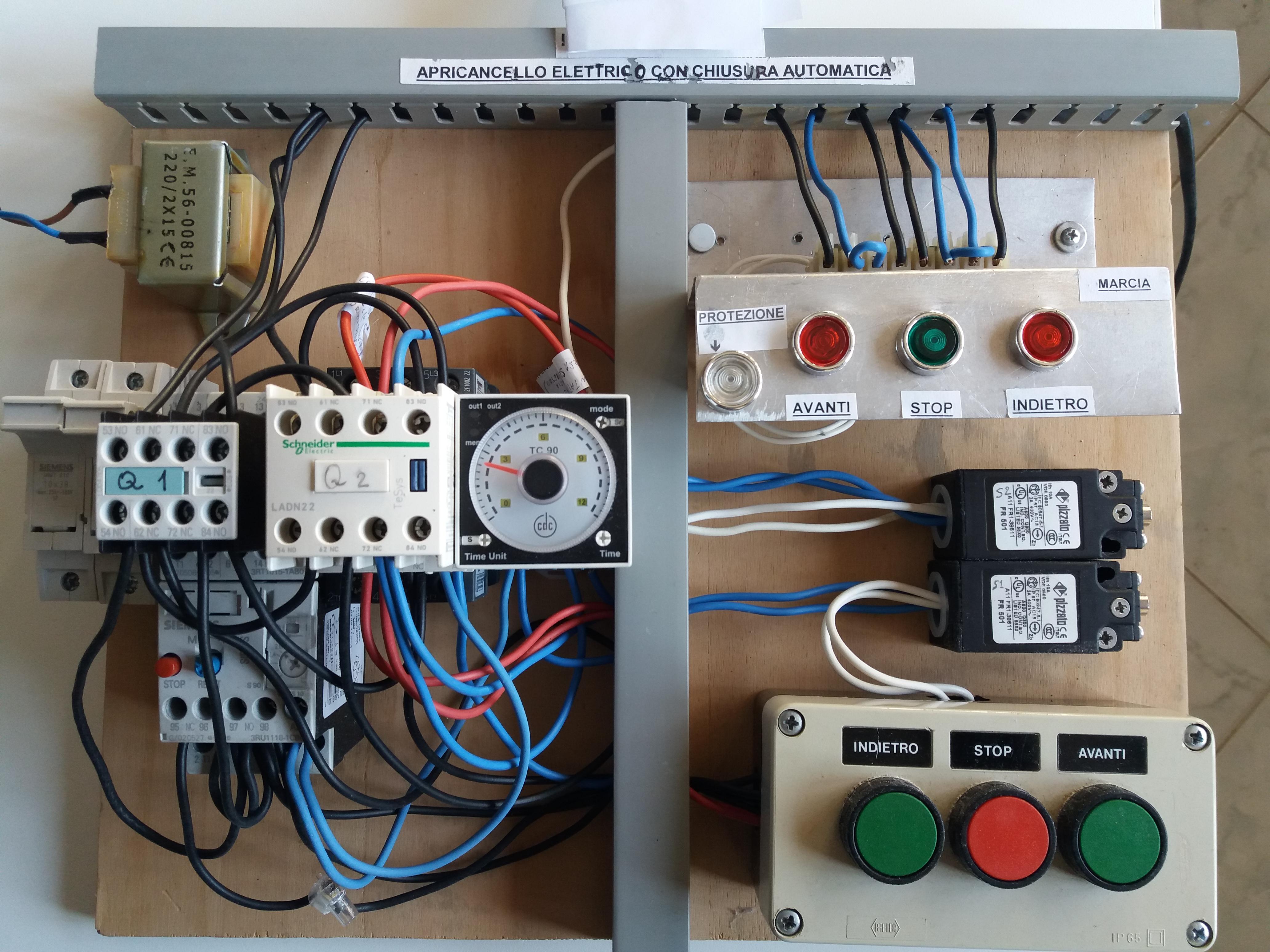 Schema Elettrico Per Automazione Cancello : Teleinversione di marcia applicata ad apricancello elettrico